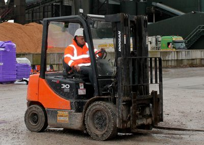 A16 – Industrial Forklift Truck